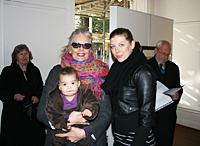 Marianne Lindberg De Geer with her daughter and grand-daughter
